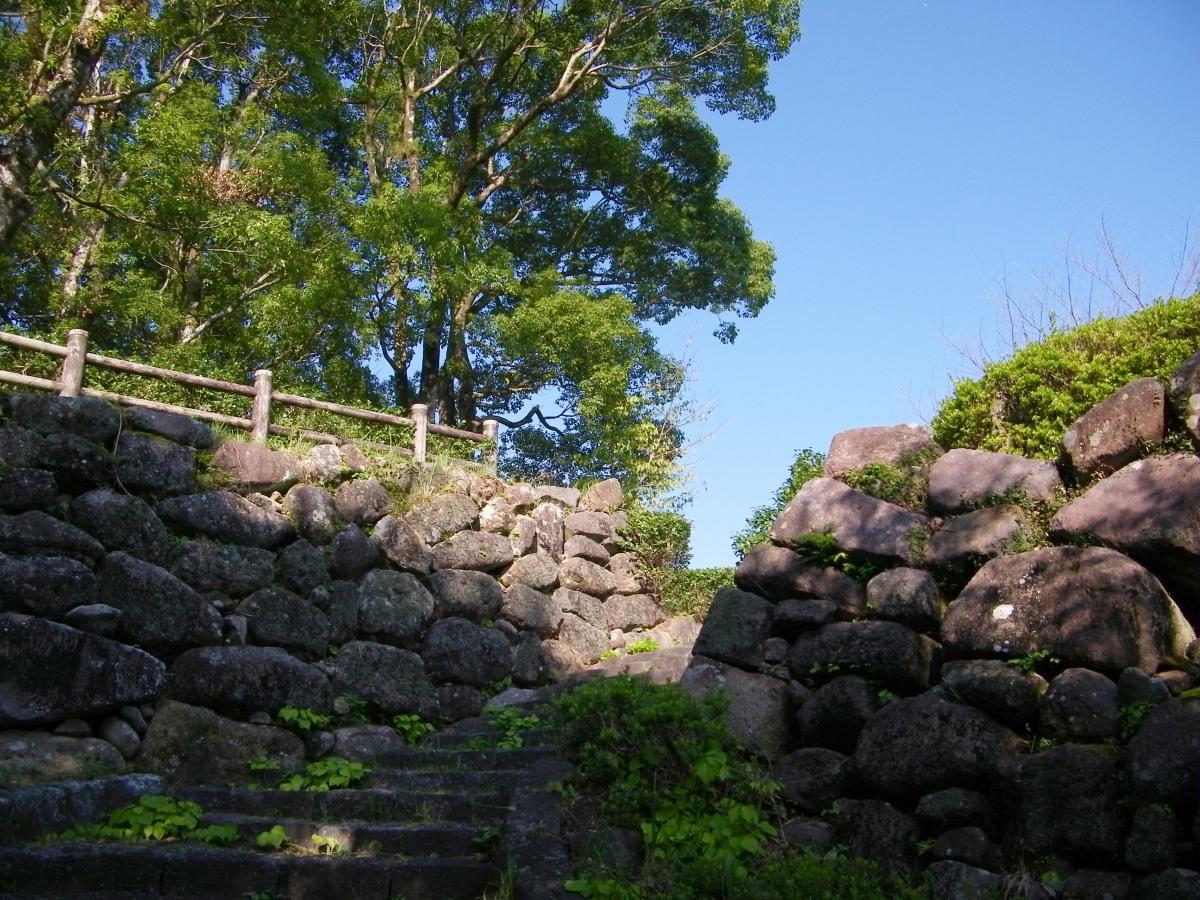 Shiroyama-1